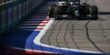 F1 Formula 1 Mercedes Lewis Hamilton Valtteri Bottas mERCEDES Practice FP2