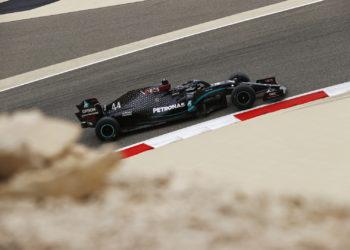 F1 Formula 1 Lewis HamilTON mERCEDES Qualifying Bahrain Grand Prix