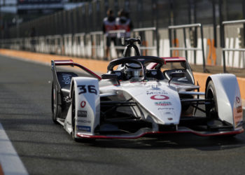 Lotterer fastest on day 1 of testing