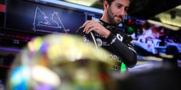 F1 Formula 1 Renault Daniel Ricciardo Romain Grosjean Haas Bahrain Grand Prix