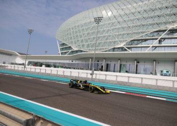 F1 Formula 1 Pirelli tyre testing Abu Dhabi