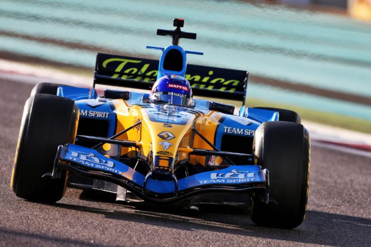 F1 Formula 1 Renault Abu Dhabi Grand Prix Fernando Alonso Renault R25