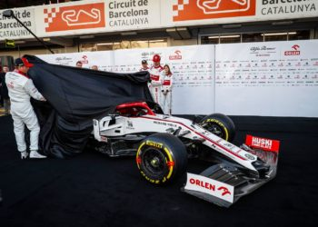 F1 Formula 1 Warsaw Alfa Romeo car launch 2021 C41
