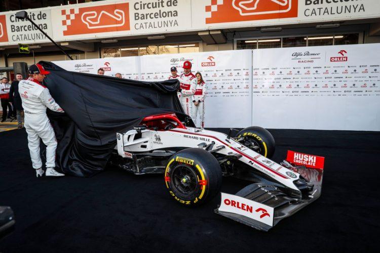 F1 Formula 1 Warsaw Alfa Romeo car launch 2021 C41