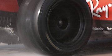 F1 Formula 1 Ferrari Leclerc Pirelli 18 inch tyre test