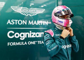 F1 Formula 1 BWT Aston martin Sebastian Vettel