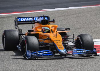 F1 Formula 1 testing results Bahrain morning Ricciardo Ferrari Mercedes
