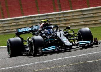 F1 Formula 1 Mercedes Valtteri Bottas testing Bahrain