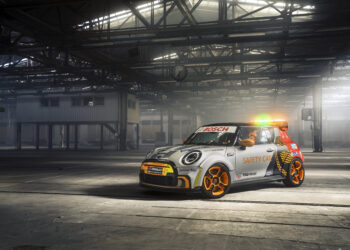 Formula E reveal new Mini Safety Car