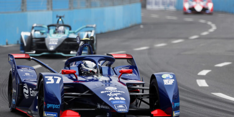 Cassidy quickest in final practice