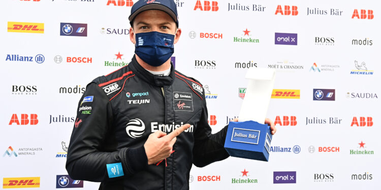 Debut pole for Cassidy in Rome