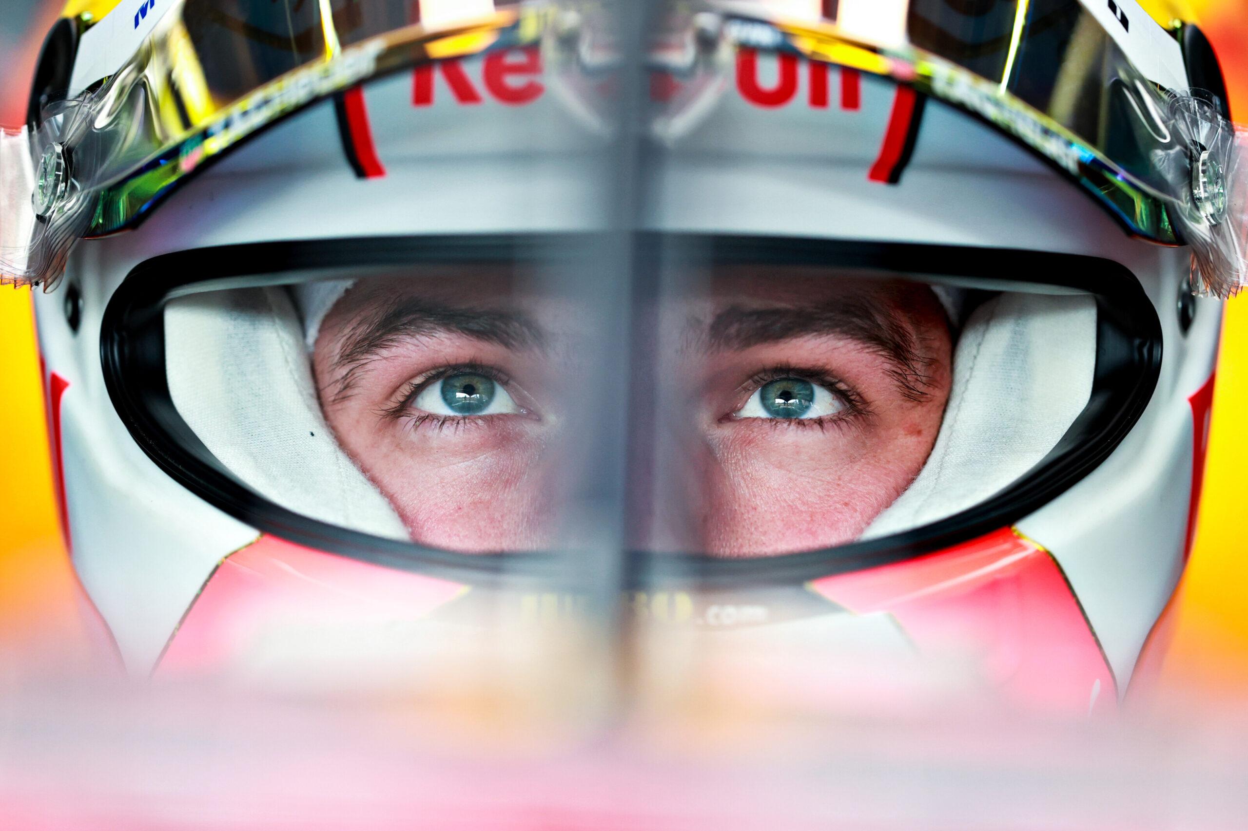 Verstappen: Red Bull 'a little bit' on the back foot