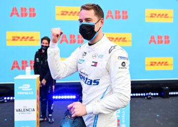 Vandoorne takes second pole of the season in Valencia
