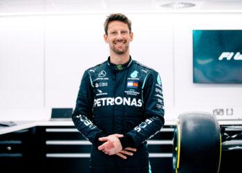 Grosjean to make F1 return with Mercedes test