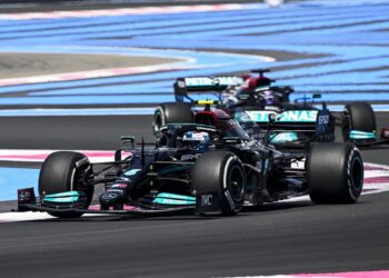 FP1: Bottas on top as Mercedes fastest in first practice