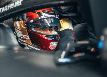 Pascal Wehrelin puts Porsche on pole in Puebla