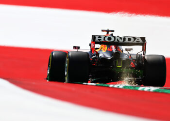 Verstappen leads Gasly in FP1 at the Red Bull Ring