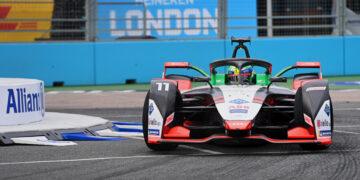 Di Grassi fastest in final free practice