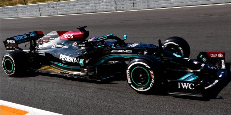 Hamilton on top in red flag shortened session